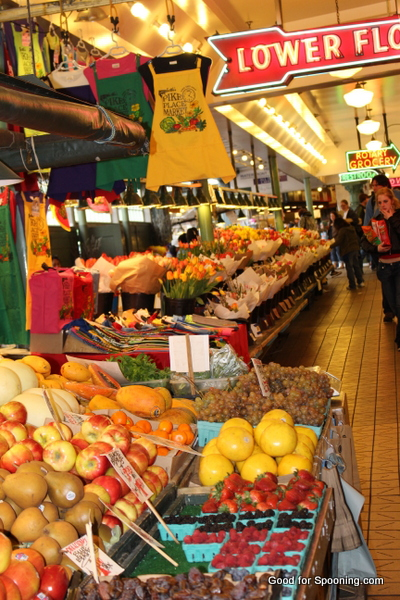 Pike Market - I just love all the displays!