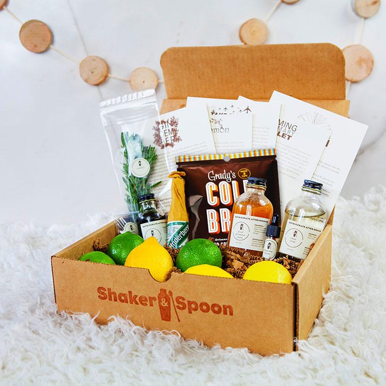 Shaker & Spoon sample gift box
